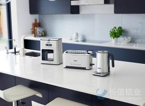拉丝铝板应用-面包机